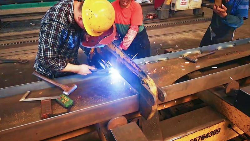Genron Factory Main Beam Welding Process